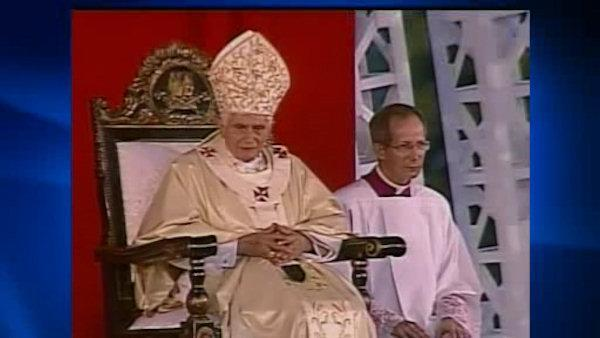 Faithful surprised by Pope Benedict's resignation