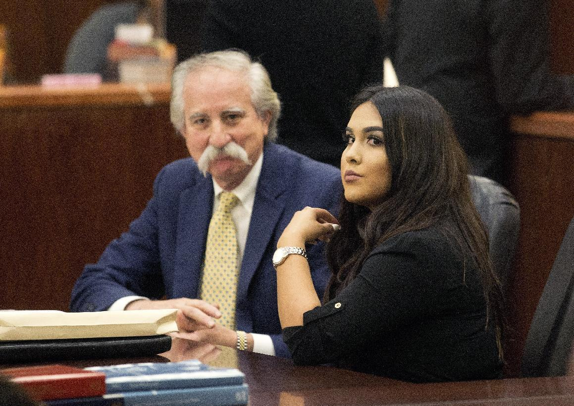 Texas teacher gets 10 years for sex with 13-year-old student