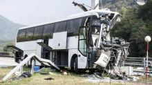 German bus crashes on Swiss highway, 1 dead and 14 injured