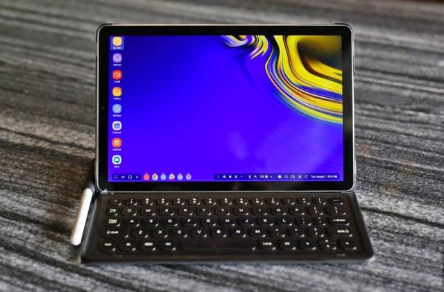 Samsung is still trying to make DeX happen