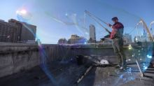 'Bubble man' roams San Francisco streets, bringing joy