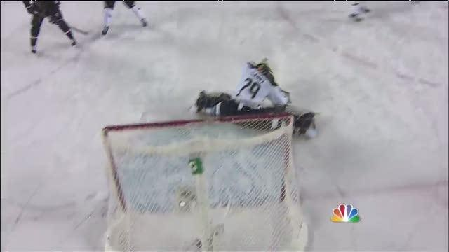 Fleury snags a shot from Toews with the glove