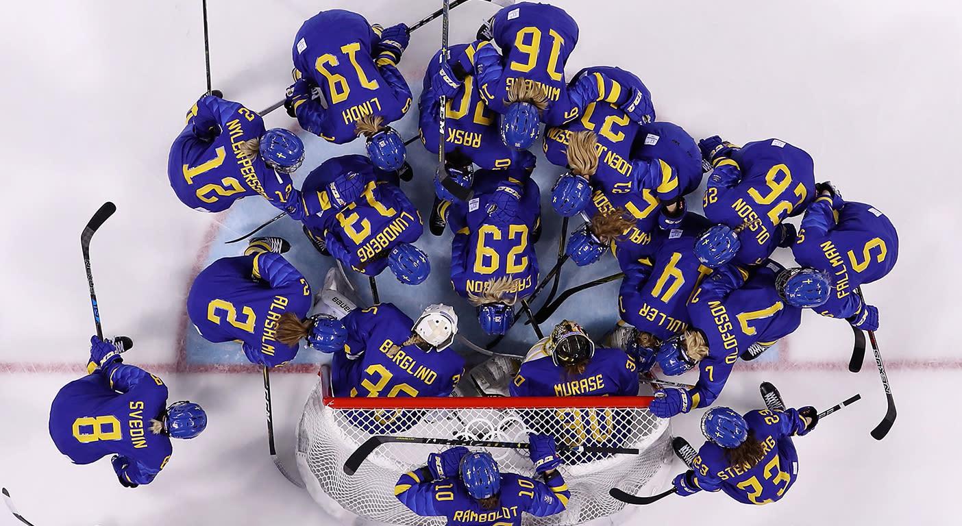Swedish women's hockey players demand equality