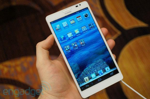 Huawei Ascend Mate hands-on at CES 2013 (updated with video!)