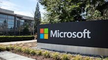 Microsoft Stock Is Weathering the Storm With Ease