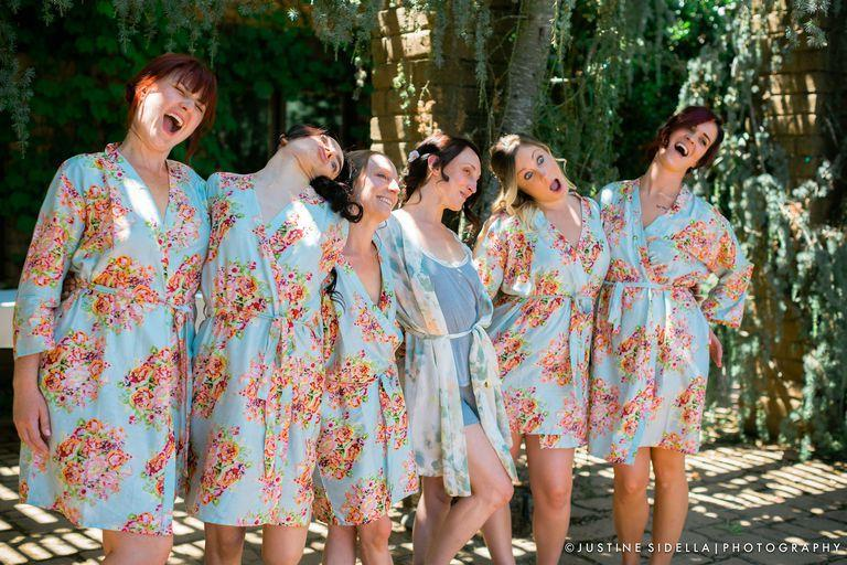 Bridesmaid wins for best silly wedding photo ombrellifo Gallery