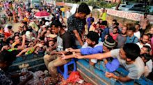 Bangladesh organises onion airlift as prices hit record high