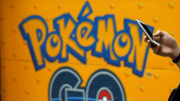 Pokemon GO players robbed at gunpoint in London park