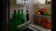 Por qué no deberías guardar la leche en la puerta de la nevera
