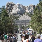 Trump holding large-scale July 4th event at Mount Rushmore despite coronavirus risks