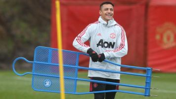 Alexis Sanchez available for Manchester United's clash with Brighton