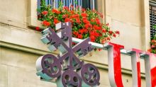 Q2 Outlook Sends UBS Stock Lower