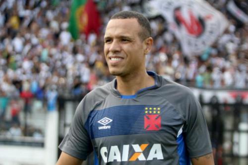 Efeito suspensivo deixa Luis Fabiano livre para atuar na final da Taça Rio