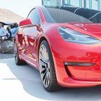 Former Tesla employee's tweets show allegedly flawed batteries