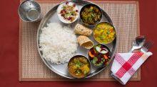 Celebrity nutritionist Rujuta Diwekar shares a healthy meal plan for #lockdown2.0