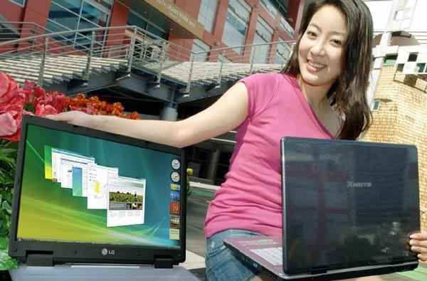 LG's X-R700 and X-S900 replace desktops, double as paperweights for product models