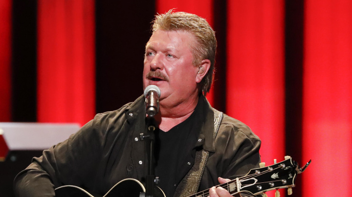 Singer Joe Diffie dies from COVID-19 complications