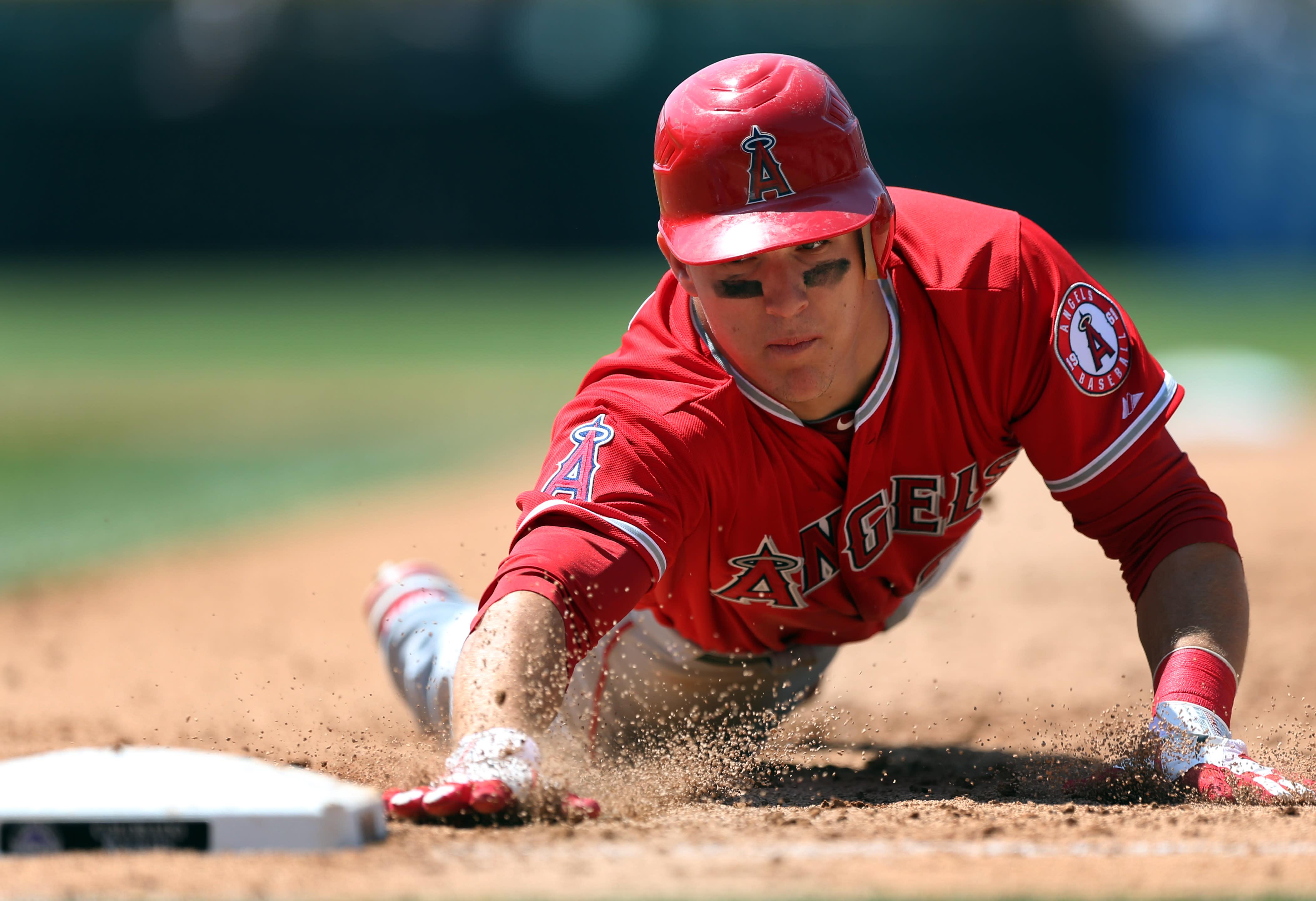 MLB: Angelinos 10, Rockies 8; Trumbo pega par de jonrones