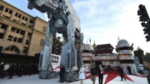 Giant AT-M6 walker steals the show at 'Star Wars: The Last Jedi' premiere