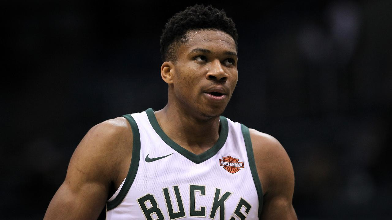 Give and Go: Biggest Surprises From the NBA's Opening Week ...