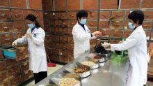 Pacientes con VIH corren el riesgo de quedarse sin medicinas en China -ONUSIDA