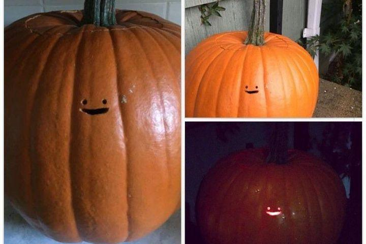 This Jack O Lantern S Tiny Face Is Lazy Pumpkin Carving At