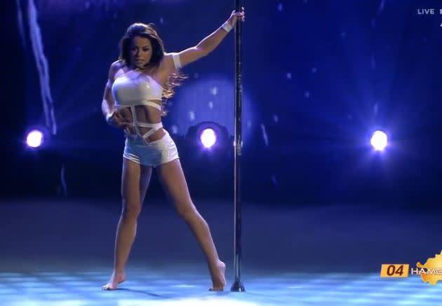 Sexy Latina Legt Tolle Show Hin