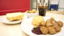 Apparently, Ikea Tampines is offering plates of 8 Swedish meatballs for 75 cents this weekend