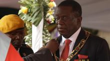 Emmerson Mnangagwa sworn in as new president of Zimbabwe