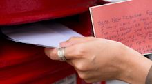 Postie helps mum deliver card to daughter despite address confusion