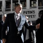 Judge tears into ex-general Michael Flynn for lying to the FBI