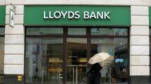 Coronavirus: Lloyds tells staff to work from home until spring