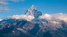 Himalaya: recuperati i corpi di 7 alpinisti travolti da una valanga