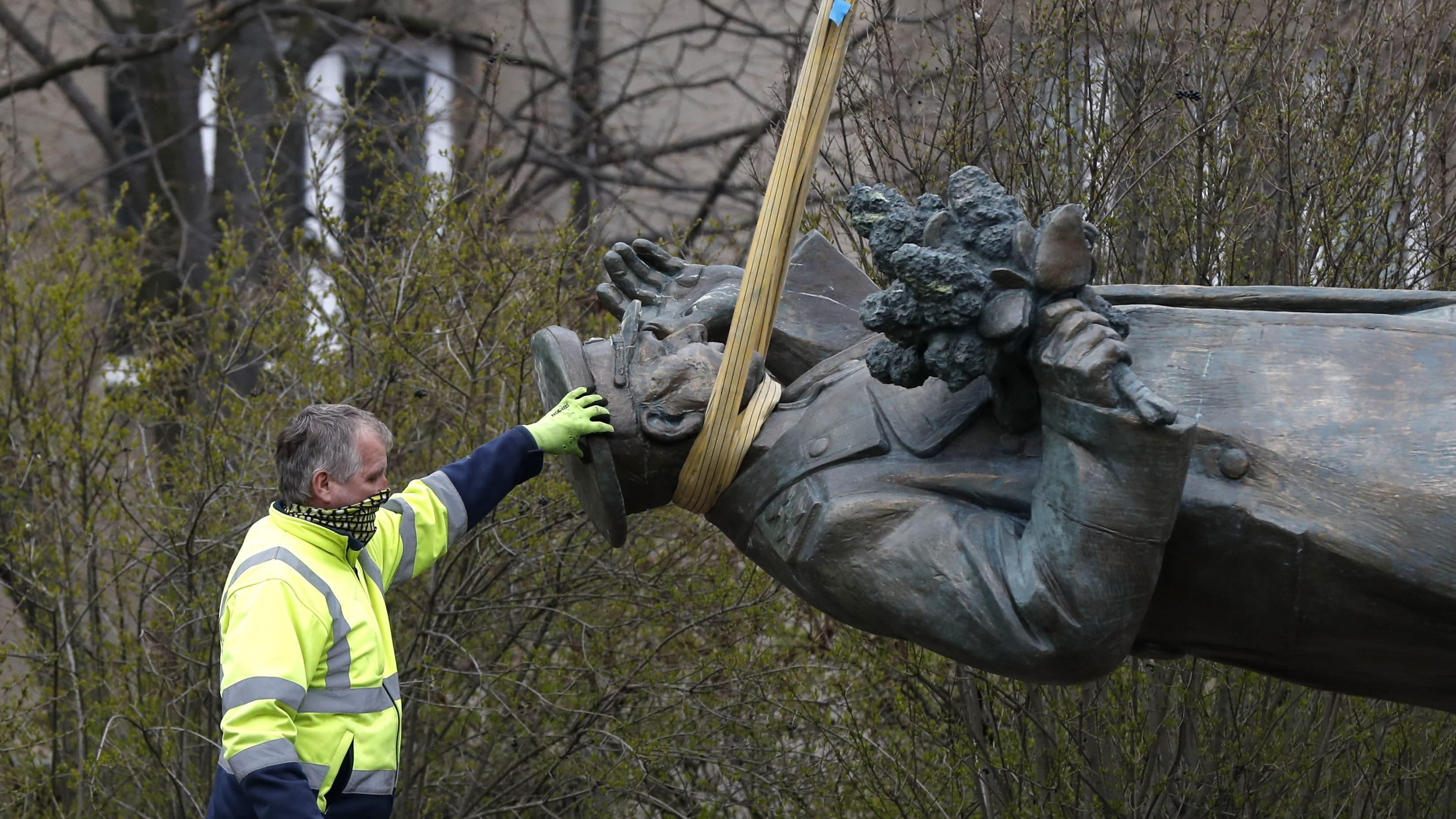 Soviet commander's statue in Prague removed despite Russian protests