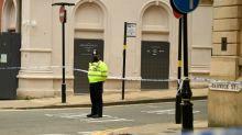 Polícia britânica busca homem que esfaqueou várias pessoas em Birmingham