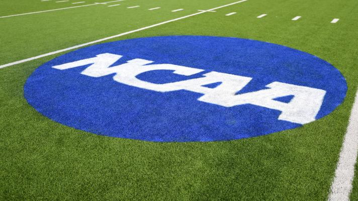 NCAA Survey: 43% of student athletes fear exposure to COVID-19 | Yahoo Sports College Podcast