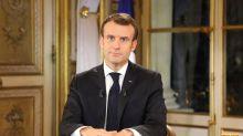 """Macron anuncia un aumento del salario mínimo para frenar las protestas: """"No puedo menospreciar su cólera"""""""