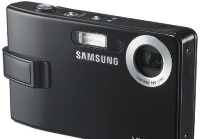 Samsung's three new digicams: the i7 PMP, 10 megapixel NV11, and wide-angle L74