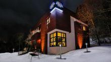 (FOTOS) Así es el Trivial Pursuit Hotel, donde se paga respondiendo a preguntas