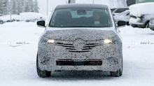 Renault Espace spied getting ready for minor refresh