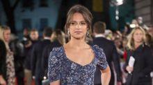 Alicia Vikander resta importancia a su falta de 'parecido' con Lara Croft