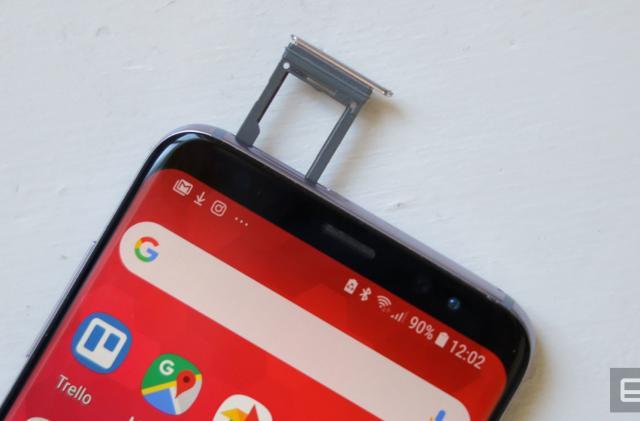 The era of 1TB microSD cards has begun