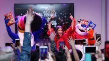 Hailee Steinfeld And Kellogg's® Ring In National Cereal Day With Epic Celebration