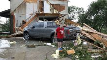 10 dramatic pictures of the destruction caused by U.S tornadoes