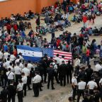 Guatemala ups pressure on U.S.-bound migrant caravan, clears road