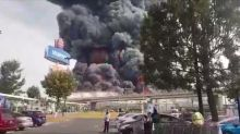 Cloud of smoke covers Mexican city