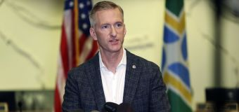Portland mayor pepper-sprays man after altercation