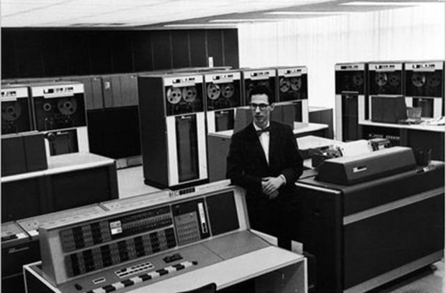 Computer password inventor Fernando Corbato dies at 93