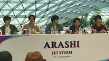 "Over 1,000 fans gathered as Arashi ""makes landfall"" on Jewel Changi Airport"