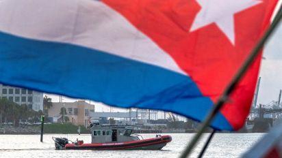 Con retraso y solo cuatro botes, parte de Miami la flotilla de apoyo a Cuba